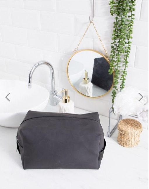 Wash Bag Large Black