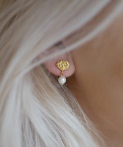 Earring Pearl Drop Gold
